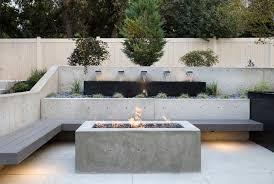 10 contemporary retaining walls offer