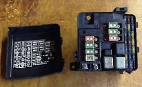 acura rl under hood fuse relay box fusebox oem j image is loading 96 04 acura rl under hood fuse relay
