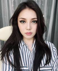 see this insram photo by ponysmakeup 177 7k likes fall makeup tutorial warm eyes cranberry lips korean