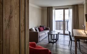 One Bedroom Balcony Suite Signature Ghcm Suite Salotto Manuale 190jpg