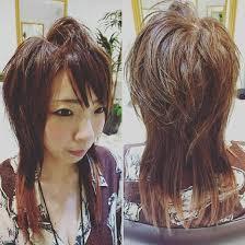 ハイレイヤーウルフスタイルmou Namba所属uedamadokaのヘアカタログ