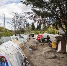 Ohne Sozialleistungen Wenn Obdachlose Osteuropäer Im Park Campen Welt