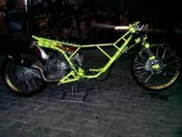 drag bike 201 m otomotif