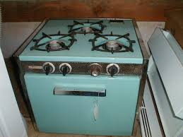 stove used for sale. used magic chef: 3 burner, turquoise, 18 3/4 x 21 1/4 19 stove for sale