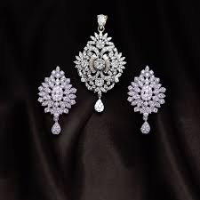 diamond pendant set call us now for diamond jewelry designer jewelry bridal and semi