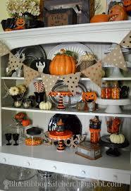 Fall Kitchen Decorating 25 Best Ideas About Halloween Kitchen Decor On Pinterest