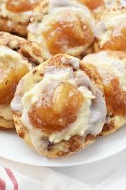 easy cream cheese danish with apples