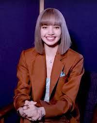 ส่องแฟชั่น 'ลิซ่า' สัมภาษณ์ครั้งแรกในเมืองไทย