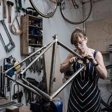 london cycling boom renews demand for artisan bike builders