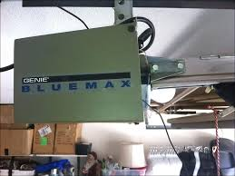 genie bluemax genie blue max garage door opener genie blue max garage door opener light stays on