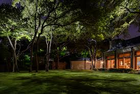 lentz landscape lighting s green commitment lawnshadowsnl
