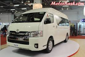 10-Seater Toyota Price May Be 40 Lakhs; Launch Second Half