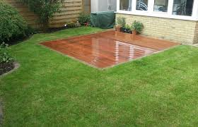 build your own outdoor patio and backyard medium size hardwood decking patio artificial grass putting green with flush area