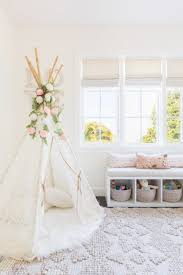 whether you are painting the walls white taupe or a dark hue putting paint with an eggshell finish on the wall is the most durable option in areas where
