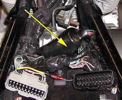 vtx 1800 accessory power lead bareass choppers motorcycle tech pages honda vtx 1800 fuse box location rubber boot covering wire bundle under the seat Honda Vtx 1800 Fuse Box Location