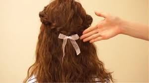 ハーフアップの髪型自分で簡単にできるヘアアレンジ法まとめ ゆる