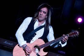Jeff LaBar, Cinderella Guitarist, Dies ...