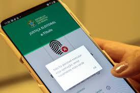 Eleitor não poderá baixar aplicativo para justificar ausência em votação no  dia do segundo turno - Folha PE