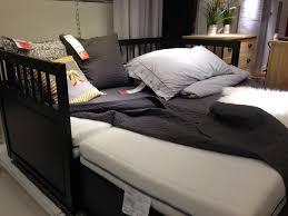 Bedroom: Stunning Design Of Pop Up Trundle Bed Frame For Chic ...