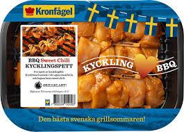 Kronfågel is the market leader in the poultry industry in sweden. 8152 Bbq Kycklingspett Sweet Chili 1 Kronfagel