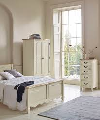 The Bella Brushed Oak And Cream Painted Collection Combines The Elegance Of  Brushed Solid Oak Tops With A Subtle Cream ...