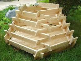 how to make a slot together pyramid planter
