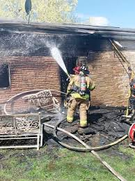 Family escapes fire in East Beth Monday   Local News   observer ...