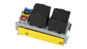mta fuse and relay holder for 4 way mini fuses and 2 way relay mta modular fuse box at Modular Fuse Box Mta