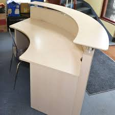 Half Circle Reception Desks for 3 People, reception furniture for corporate  office.