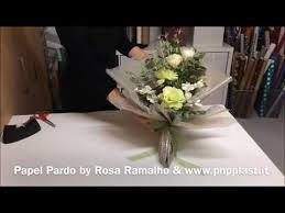 How To Wrap Flower Bouquet In Paper Flower Bouquet Gift Wrapping Wrappingflowers