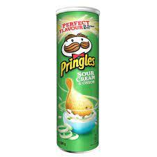 Pringles Sour Cream Onion Stapelchips mit
