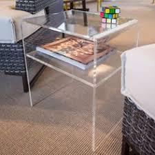 Tavolino moderno da salotto in plexiglass 40x30 h:45 #plexiglass #design  #designtrasparente  Acrylic Side TableClear ...