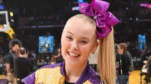 Fans Think JoJo Siwa Came Out as Queer ...
