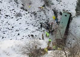 Oregon bus crash survivors describe scene - SFGate