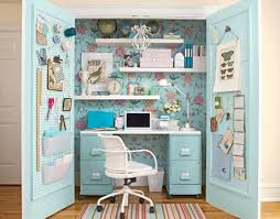 creative bedrooms tumblr. Brilliant Bedrooms An Excellent Idea For A Desk And That Desk Can Wheel Out As Well With Creative Bedrooms Tumblr