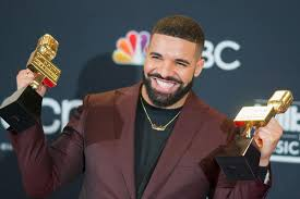 Drake Makes U S Pop Chart History With 203rd Hot 100 Mention