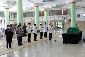Atlas de geografía 6 grado : Selamat Jalan Pendekar Keadilan Dr Artidjo Alkostar Uii