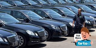 Harmonisasi skema ppnbm disebut sekaligus memberikan insentif produksi motor dan mobil listrik kerjasama ini memberi peluang indonesia untuk ekspor mobil listrik dan hybrid ke australia dengan. Revisi Ppnbm Mobil Mewah Dinilai Bisa Bantu Atasi Masalah Impor Bbm Tirto Id