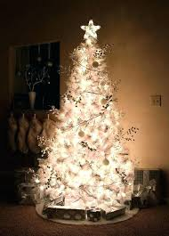 Decorating Christmas Tree With Balls Mesmerizing Gold Christmas Tree Decorating Ideas Silver And Gold Tree Garland
