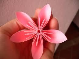 flower made out of a sticky note sooo cool