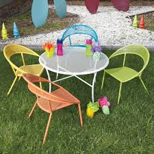 kids outdoor dining set  round table   chairs
