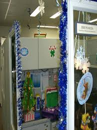 office christmas decorating ideas. Perfect Decorating Office Holiday Decorating Ideas Source Cubicle Christmas  Throughout Office Christmas Decorating Ideas