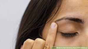 image led get smokey eyes with makeup step 1