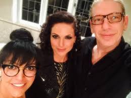 lana parrilla on twitter reunited w the talented zabrinamakeup who elished the evil queen s makeup in s1 for onceturns100 i u