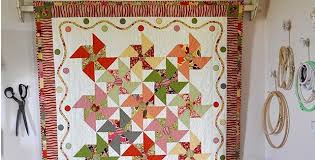 Playful Merry-Go-Round Quilt for a Wall or Table - Quilting Digest & Playful Merry-Go-Round Quilt for a Wall or Table Adamdwight.com
