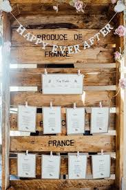Winter Wedding Seating Chart Ideas Crate Pallet Table Seating Plan Chart Stationery Bunting