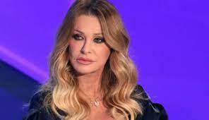 Paola Ferrari età peso altezza marito figli e malattia della giornalista