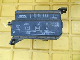 sell 93 97 1993 1997 toyota corolla prizm prism fuse box relay 91 corolla fuse box diagram at 93 Corolla Fuse Diagram