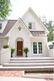 painted brick exterior color schemes. love this cozy white painted brick home. so great. http://www exterior color schemes o