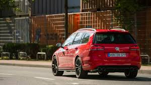 2018 volkswagen station wagon. interesting wagon when the updated golf r wagon weu0027ve driven here does arrive in australia  itu0027ll cost 57490 before onroad costs u2013 2000 more than hatch on 2018 volkswagen station i